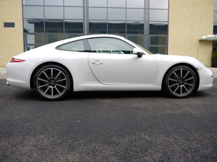 Porsche 911 c2s import export vehicle 2
