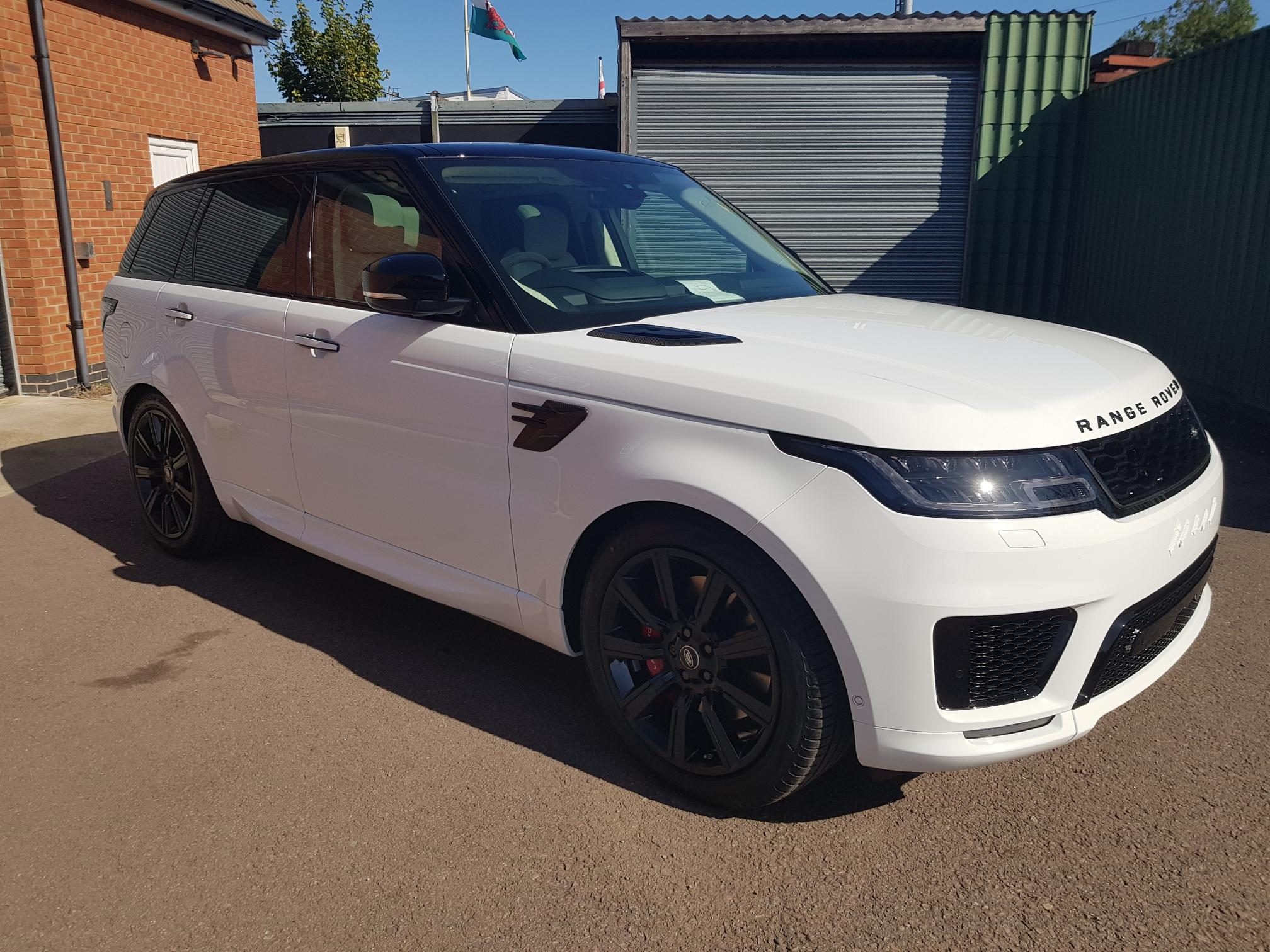 Range Rover Sport Range Rover Sport P400e Plug-in Hybrid Electric Vehicle 2