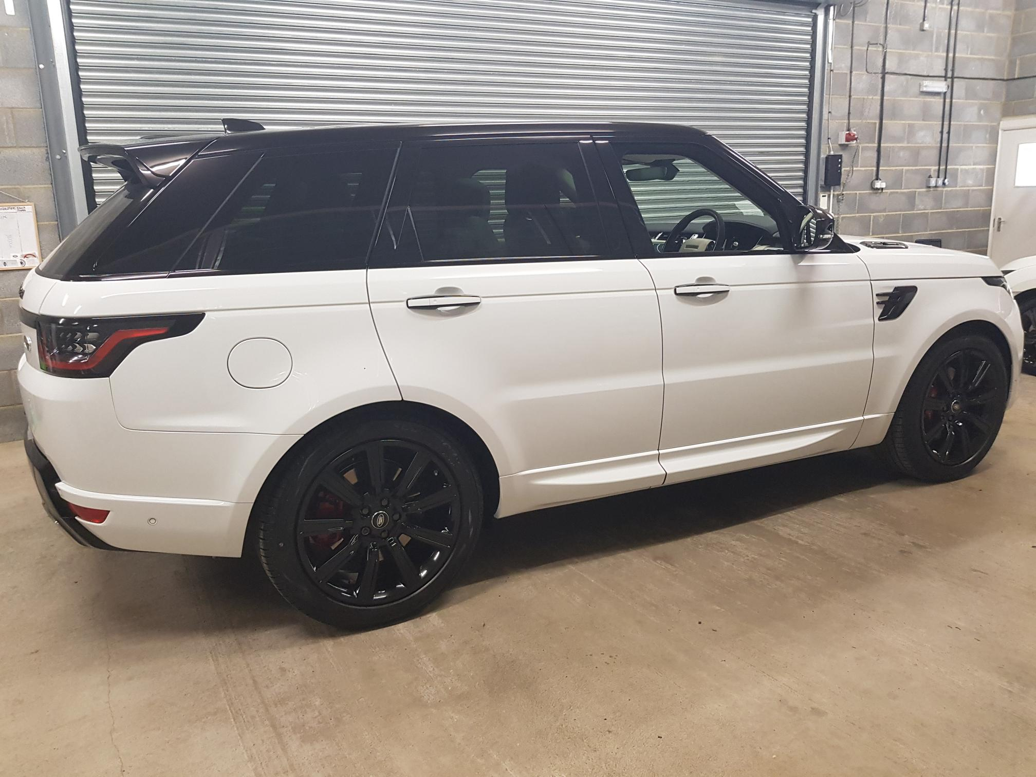 Range Rover Sport Range Rover Sport P400e Plug-in Hybrid Electric Vehicle 6